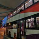 Автобусы в основном двухэтажные, чтобы люди не стояли в час пик